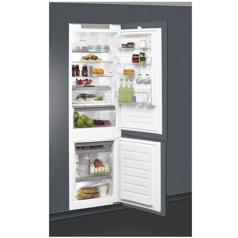 269litre Built-in Fridge Freezer Class A+ Auto Defrost