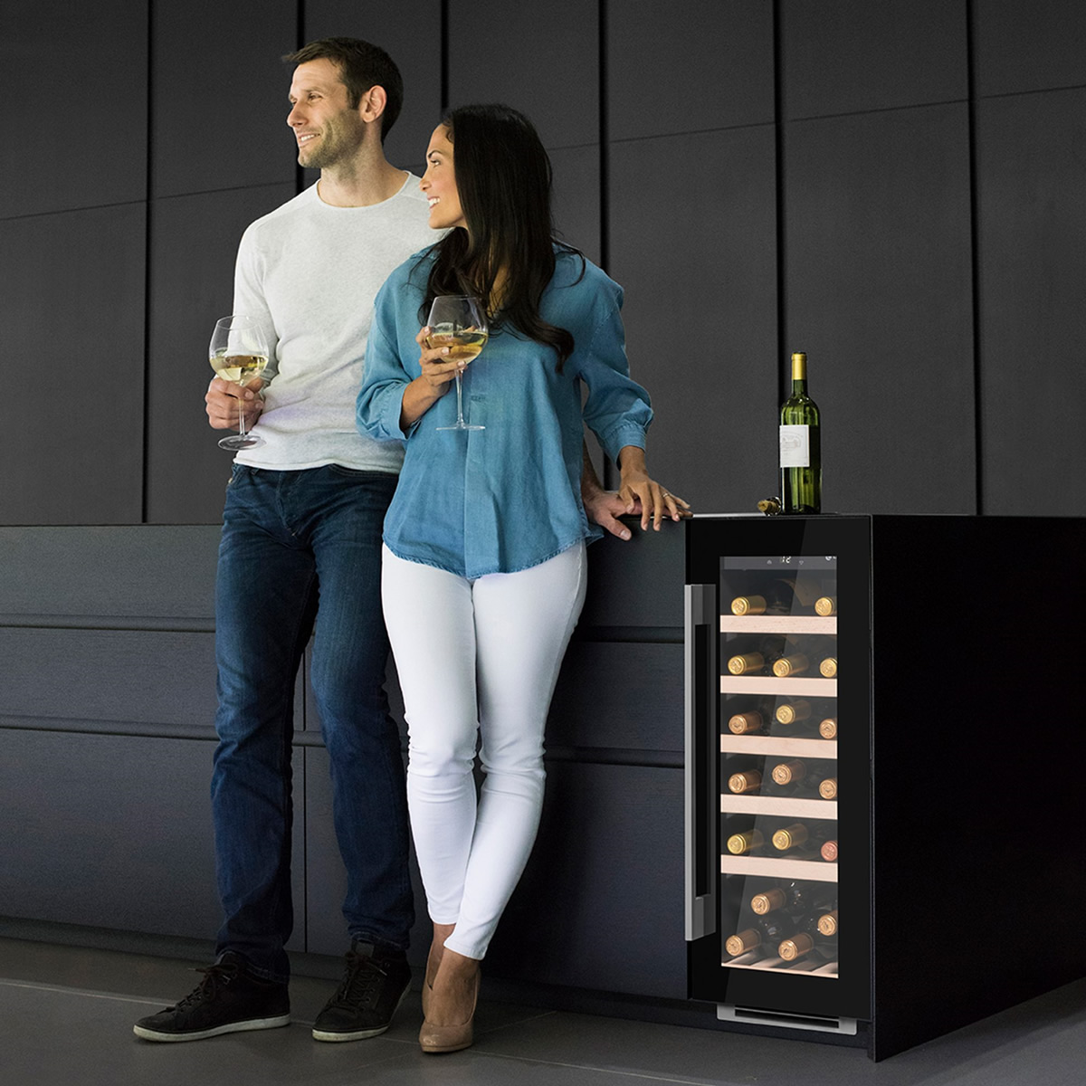 19 Bottle Capacity Under-Counter Wine Cooler Black Glas